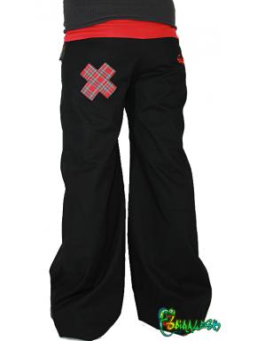Pantalon une croix