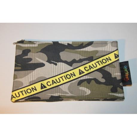 pochette range papier camouflage et caution